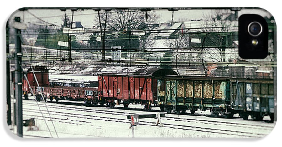 Railroad IPhone 5 Case featuring the photograph Winter Transport by Wim Lanclus