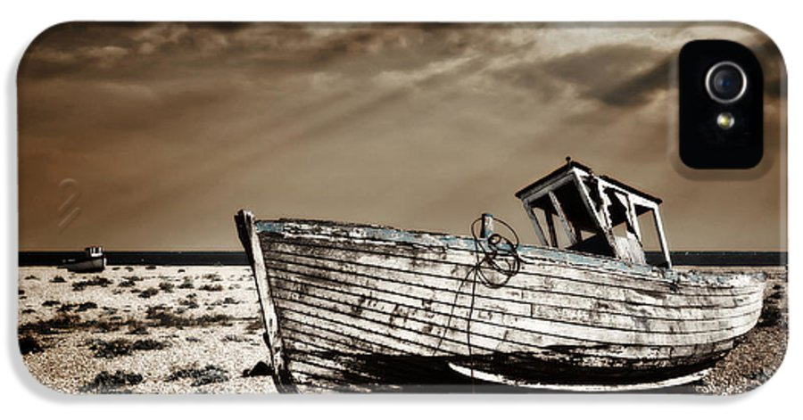 Boat IPhone 5 Case featuring the photograph Wrecked by Meirion Matthias