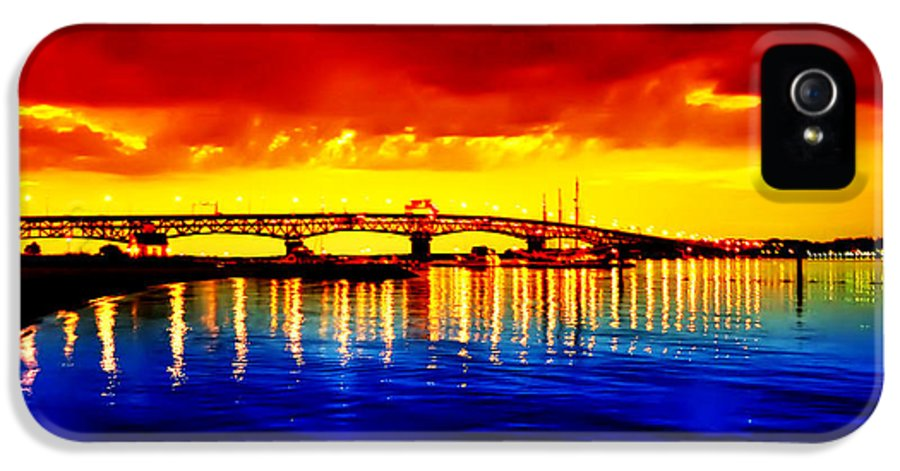 Jamestown IPhone 5 Case featuring the photograph Yorktown Virgina by Bill Cannon