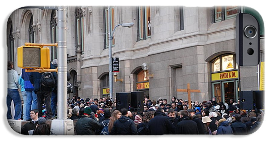 Church IPhone 6 Case featuring the photograph Good Friday On Trinity Place by Rob Hans
