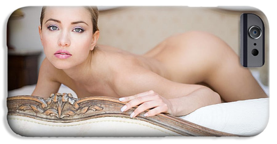 Sensual IPhone 6 Case featuring the photograph Like A Princess by Olivier De Rycke