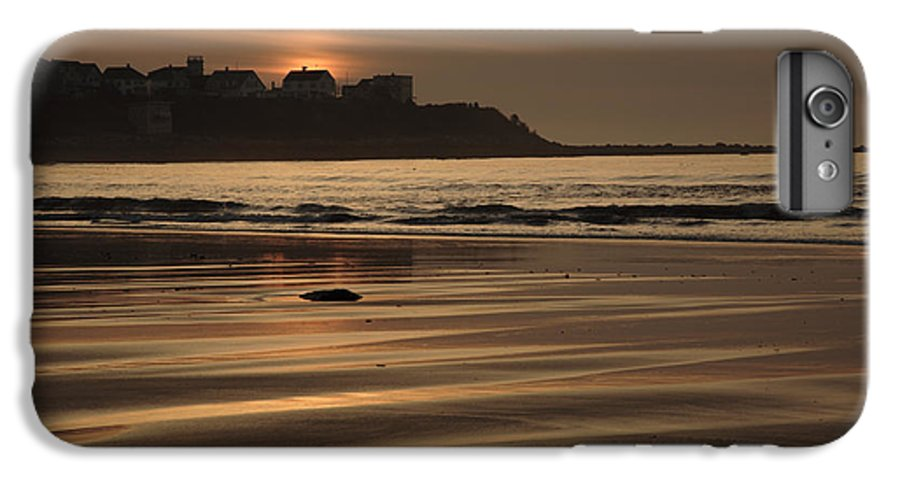 Atlantic Ocean IPhone 6 Plus Case featuring the photograph Hampton Beach New Hampshire Usa by Erin Paul Donovan