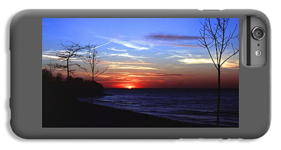 Sunset IPhone 6 Plus Case featuring the photograph 112601-54 by Mike Davis