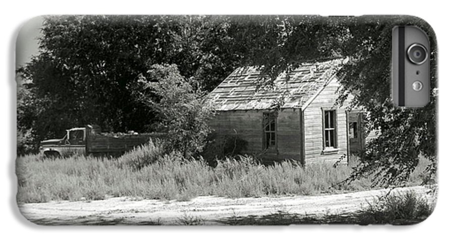 Farm IPhone 6 Plus Case featuring the photograph Farm House On The Eastern Plains by Margaret Fortunato