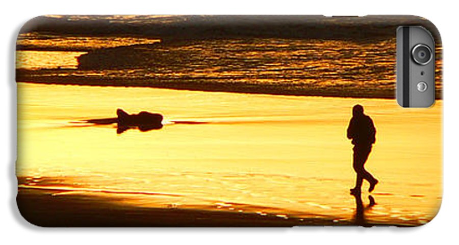 Pacific Ocean IPhone 6 Plus Case featuring the photograph Jog At Sunset by Larry Keahey