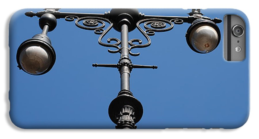 Lamppost IPhone 6 Plus Case featuring the photograph Old Lamppost by Rob Hans