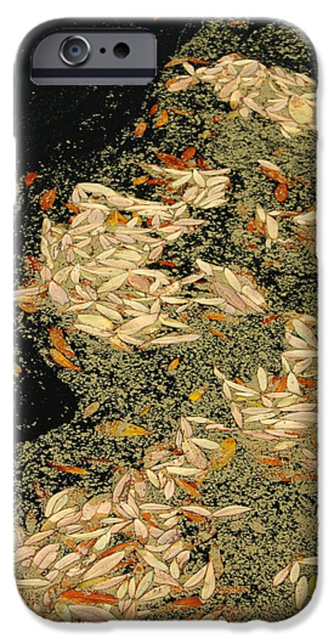 Klimt IPhone 6s Case featuring the photograph Leaf Abstract Ode To Klimt by Suzanne Gaff