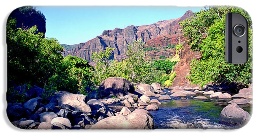 Waimea Canyon IPhone 6s Case featuring the photograph Canyon River by Kevin Smith