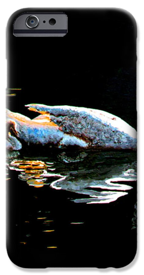 Swan IPhone 6s Case featuring the painting Mom And Baby Swan by Stan Hamilton