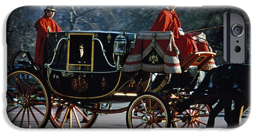Coach IPhone 6s Case featuring the photograph Royal Carriage In London by Carl Purcell