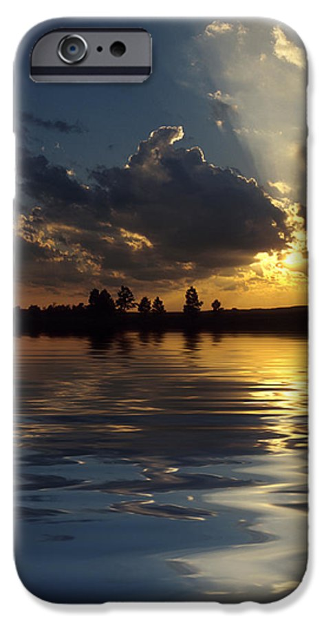 Sunset IPhone 6s Case featuring the photograph Sunray Sunset by Jerry McElroy