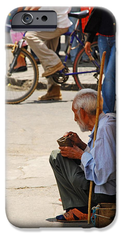 Beggar IPhone 6s Case featuring the photograph Un Peso Por Favor by Skip Hunt