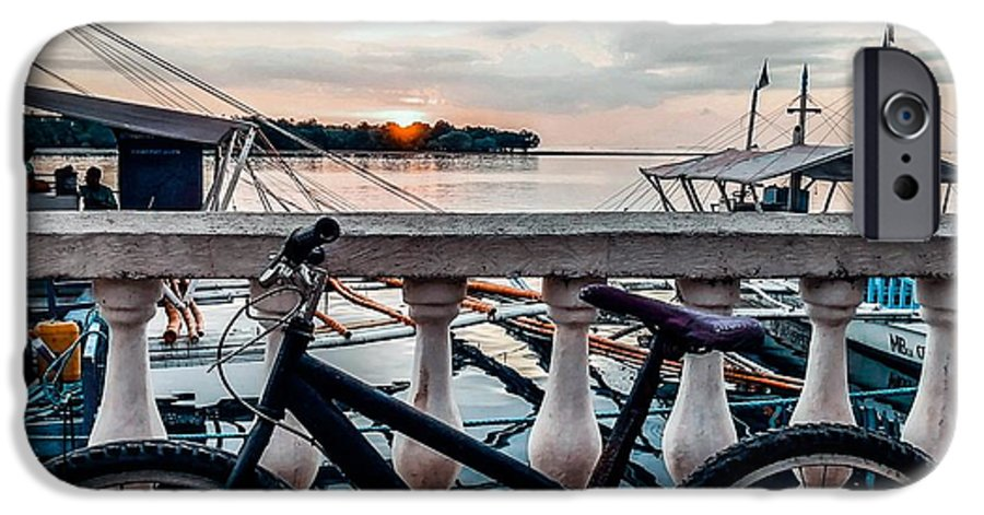 Bike IPhone 6s Case featuring the photograph Traveller's Point by Dynz Abejero