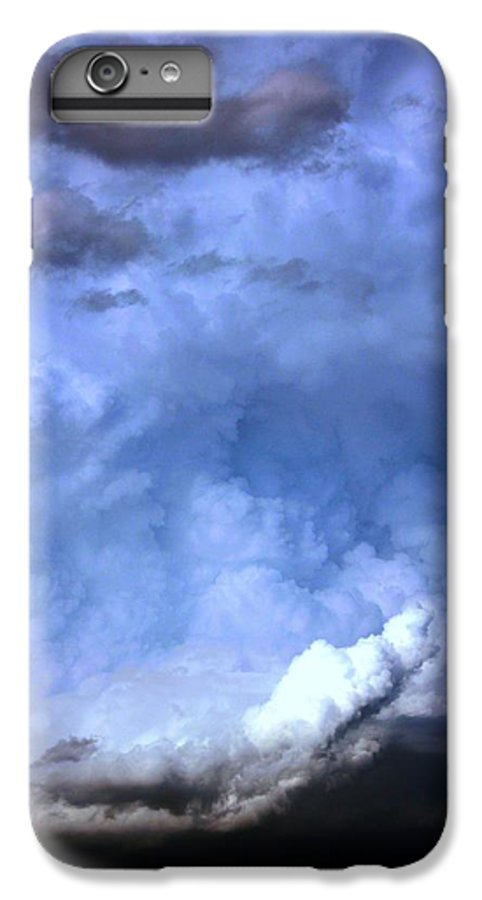Stormscape IPhone 6s Plus Case featuring the photograph There Be A Storm A Brewin In Nebraska by NebraskaSC