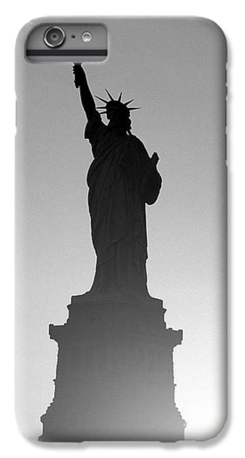 Statue Of Liberty IPhone 6s Plus Case featuring the photograph Statue Of Liberty by Tony Cordoza