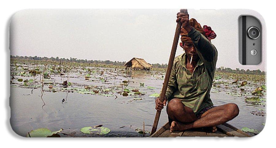 Cambodia IPhone 6s Plus Case featuring the photograph Boatman - Battambang by Patrick Klauss