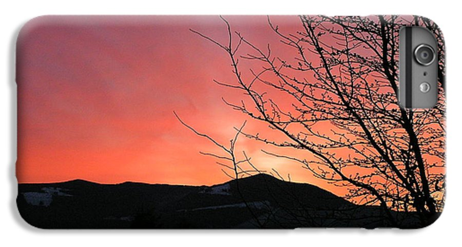 Sunrise IPhone 6s Plus Case featuring the photograph Burlington Sunrise by Louise Magno