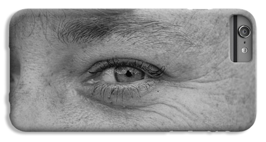 Black And White IPhone 6s Plus Case featuring the photograph I See You by Rob Hans