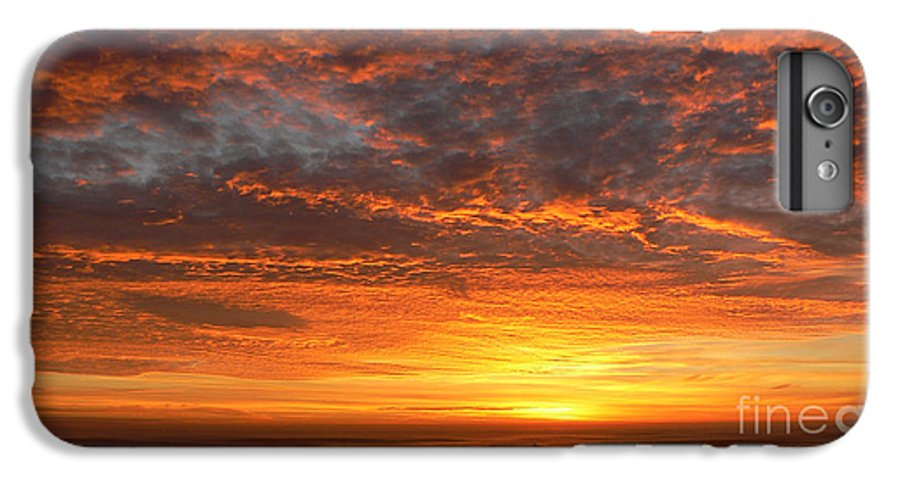 Northwest IPhone 6s Plus Case featuring the photograph Red Skies At Night by Larry Keahey