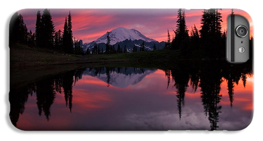Rainier IPhone 6s Plus Case featuring the photograph Red Sky At Night by Mike Dawson