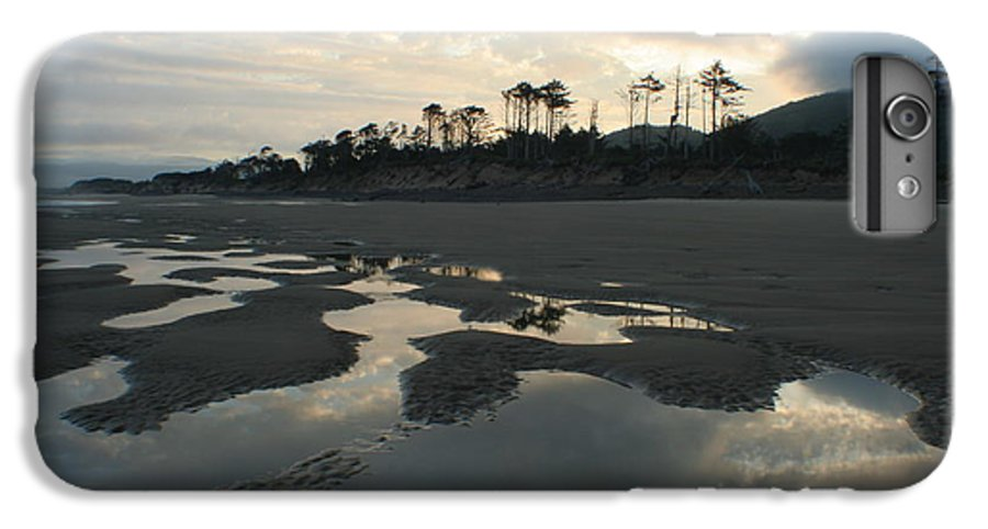 Oregon IPhone 6s Plus Case featuring the photograph Tidepools At Dawn by Idaho Scenic Images Linda Lantzy