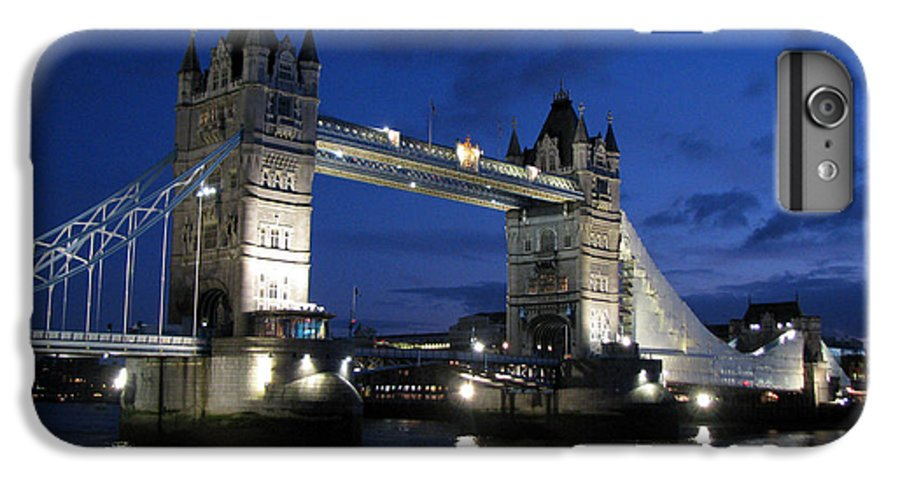 London IPhone 6s Plus Case featuring the photograph Tower Bridge by Amanda Barcon