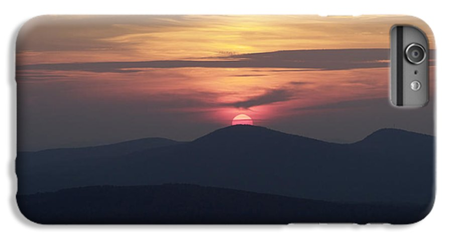 Alpenglow IPhone 6s Plus Case featuring the photograph White Mountains Nh - Sunset by Erin Paul Donovan