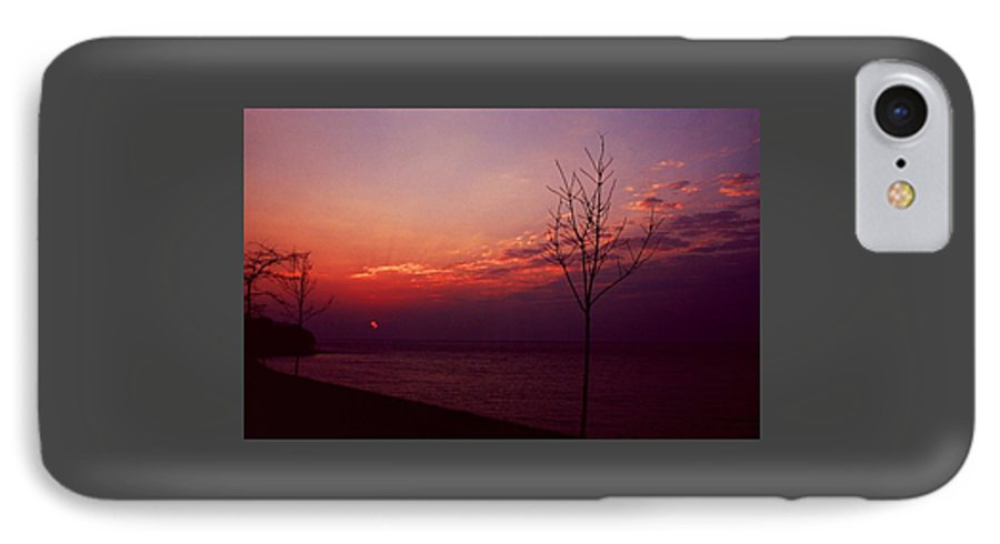 Sunset IPhone 7 Case featuring the photograph 112601-20 by Mike Davis