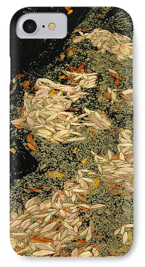 Klimt IPhone 7 Case featuring the photograph Leaf Abstract Ode To Klimt by Suzanne Gaff