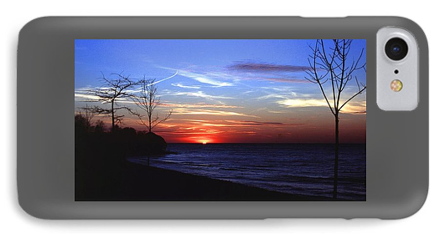Sunset IPhone 7 Case featuring the photograph 112601-54 by Mike Davis