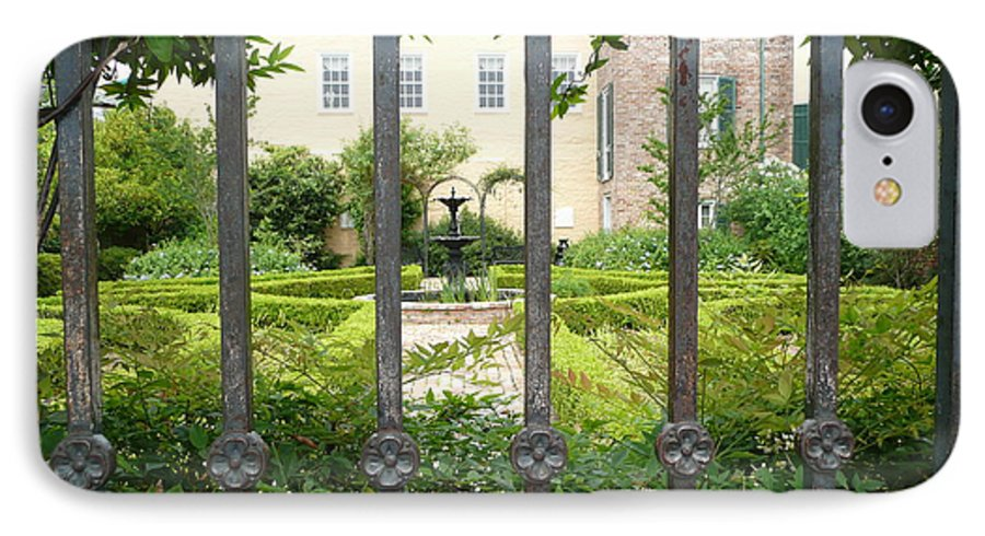 New Orleans IPhone 7 Case featuring the photograph Beauregard-keyes House by Kathy Schumann