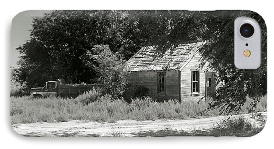 Farm IPhone 7 Case featuring the photograph Farm House On The Eastern Plains by Margaret Fortunato