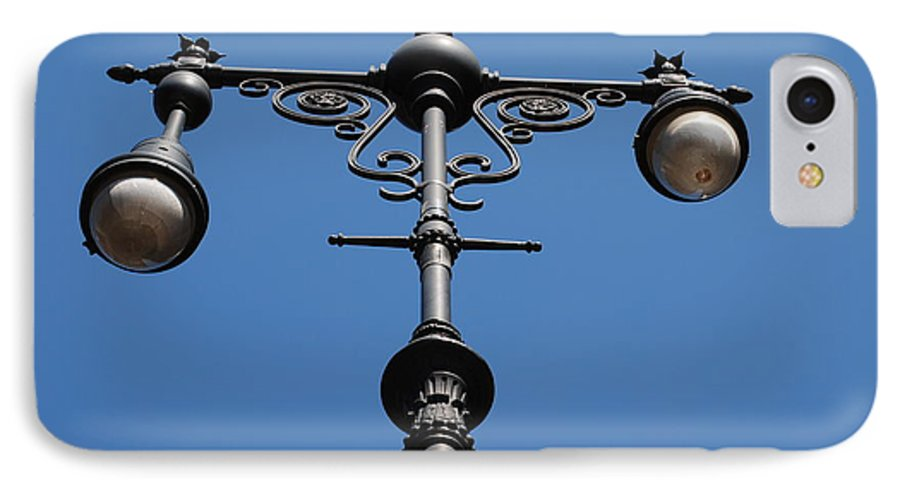 Lamppost IPhone 7 Case featuring the photograph Old Lamppost by Rob Hans