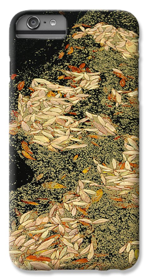 Klimt IPhone 7 Plus Case featuring the photograph Leaf Abstract Ode To Klimt by Suzanne Gaff