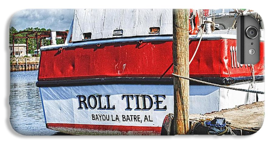 Water IPhone 7 Plus Case featuring the photograph Roll Tide Stern by Michael Thomas