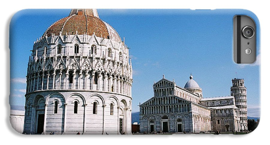 Italy IPhone 7 Plus Case featuring the photograph Pisa by Kathy Schumann