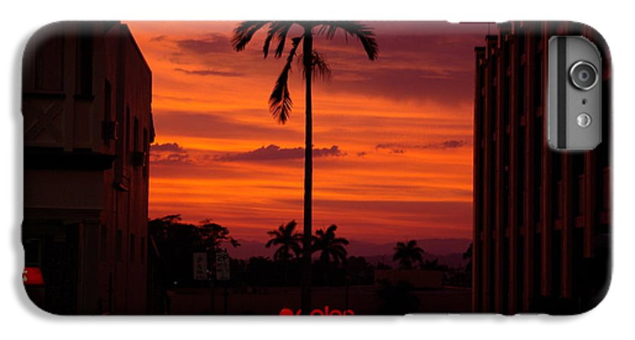 Innisfail IPhone 7 Plus Case featuring the photograph Solitary Passage by Kerryn Madsen- Pietsch