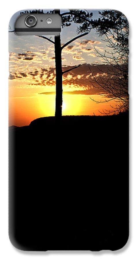 Sunburst IPhone 7 Plus Case featuring the photograph Sunburst Sunset by Douglas Barnett