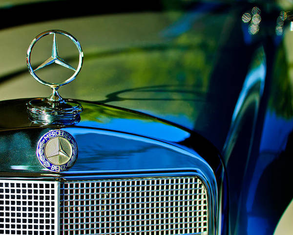 1960 Mercedes-benz 220 Se Convertible Poster featuring the photograph 1960 Mercedes-benz 220 Se Convertible Hood Ornament by Jill Reger