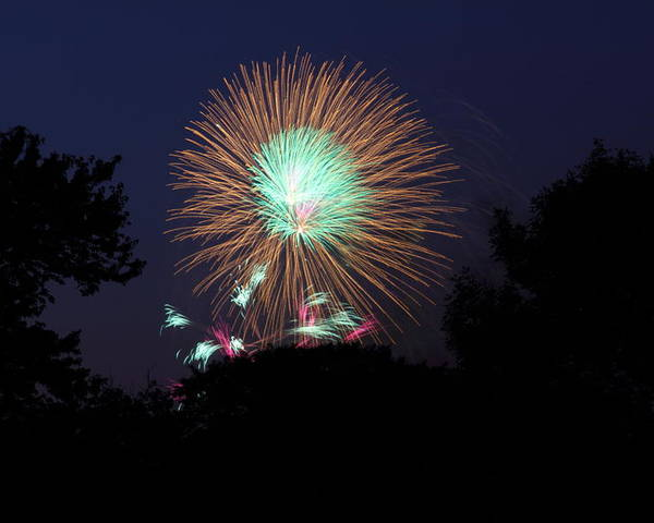Washington Poster featuring the photograph 4th Of July Fireworks - 01134 by DC Photographer