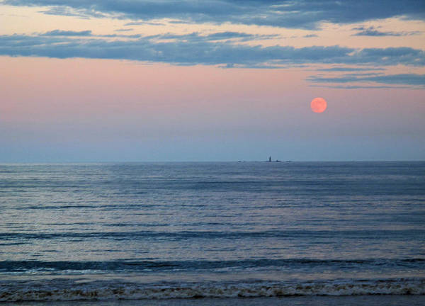 Seascape Poster featuring the photograph Atlantic Moon Rise by Barbara McDevitt