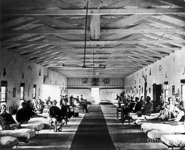Resultado de imagen para war hospital