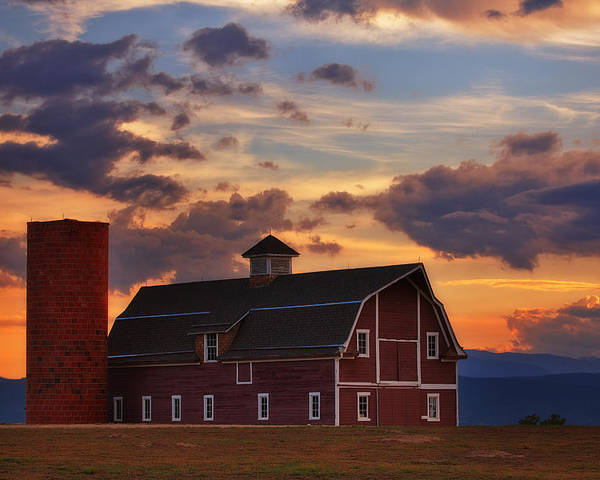 Barn Poster featuring the photograph Danny's Barn by Darren White