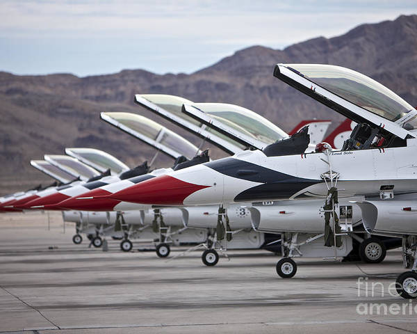 Horizontal Poster featuring the photograph F-16c Thunderbirds On The Ramp by Terry Moore