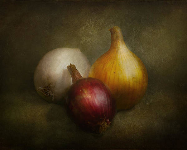 Chef Poster featuring the photograph Food - Onions - Onions by Mike Savad
