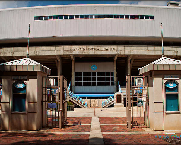 Art Poster featuring the photograph Kenan Memorial Stadium - Gate 6 by Paulette B Wright
