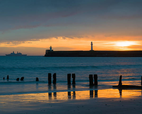 Aberdeen Harbour Poster featuring the photograph Leaving Port by Dave Bowman