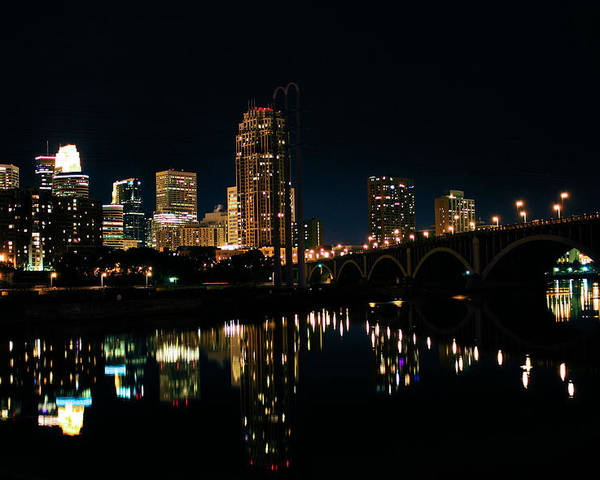 Iphone Case Poster featuring the photograph Minneapolis Night Skyline by Kristin Elmquist