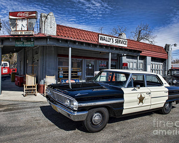 Mt Airy Poster featuring the photograph Wallys Service Station by David Arment