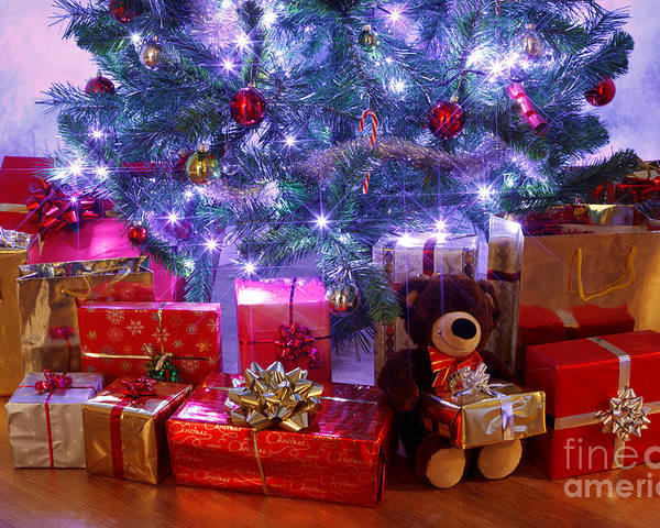 Christmas Tree Poster featuring the photograph Christmas Tree And Presents by Richard Thomas